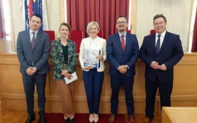 Potpisan ugovor o dodjeli bespovratnih sredstava za projekte IT park Osijek i Centar za posjetitelje Tvrđa