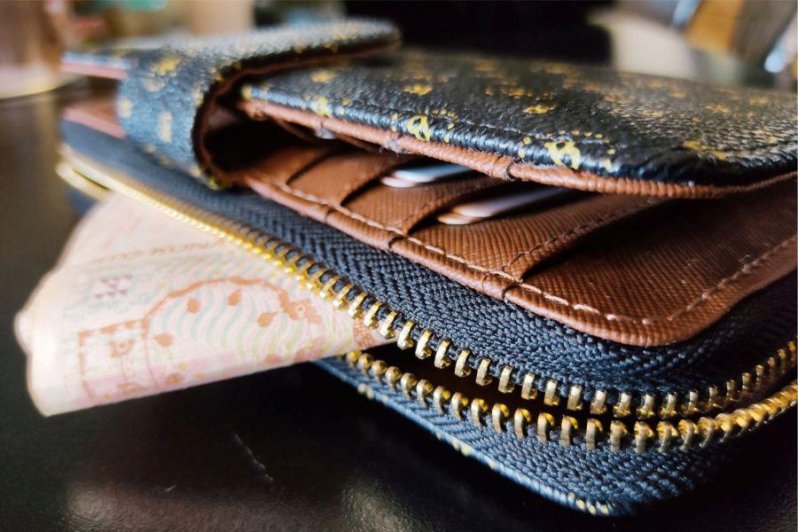 Ukrao novčanik s osobnim dokumentima, bankovnim karticama i novcem