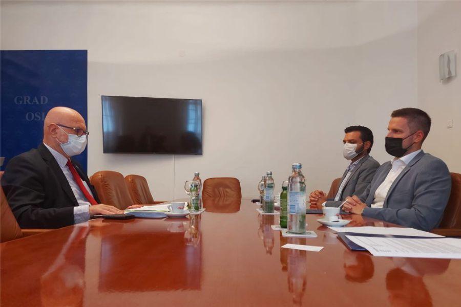 Izraelski veleposlanik Ilan Mor u posjetu Gradu Osijeku