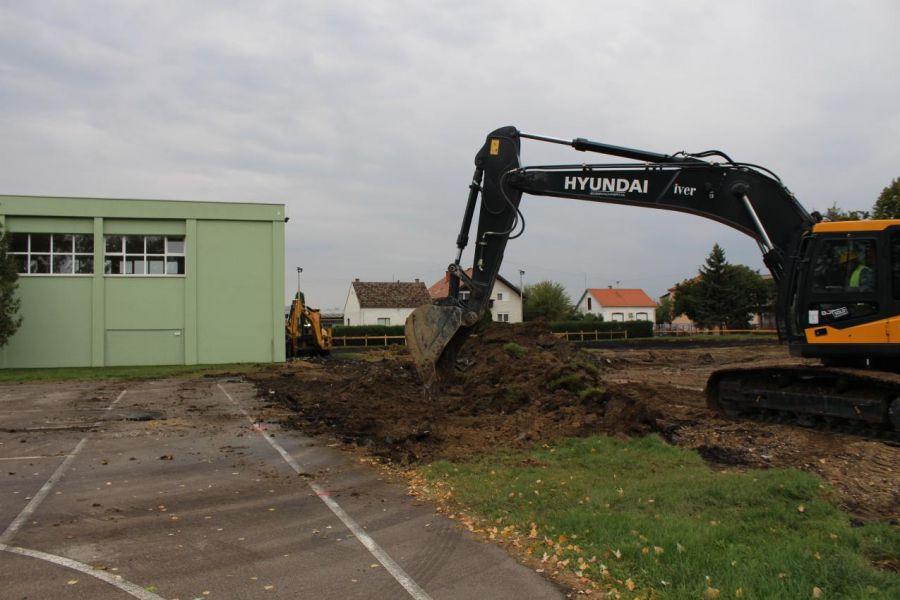Počela gradnja nastavno-sportske dvorane u Čepinu